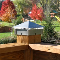 Smooth, Silver Vein deck light / lighted post cap.